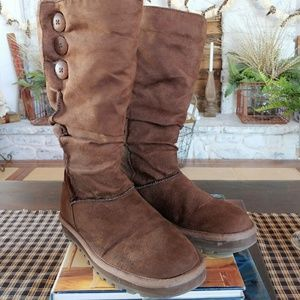 Sketchers | 3 Button Fur Lined Boots